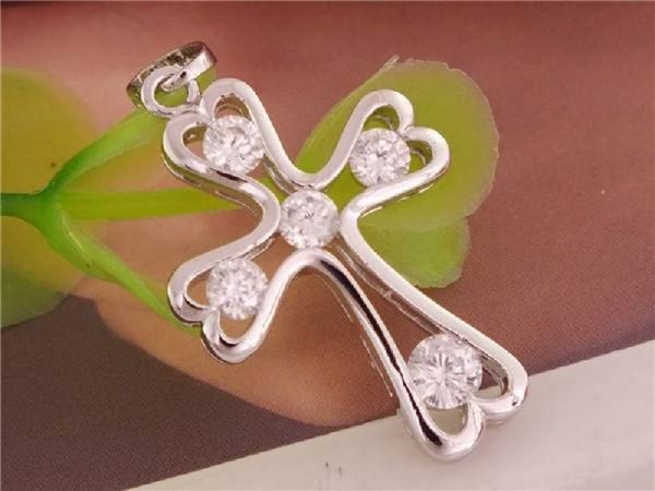 Silber 925 plattiert Zirkonia Schöne Kreuz Fashion-Anhänger